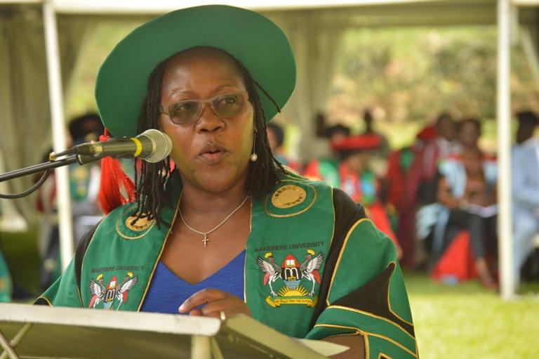 The Principal, CHUSS presents graduands